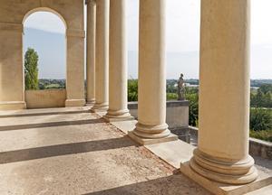 Kolonnerna är utmärkande hos en palladiansk villa.