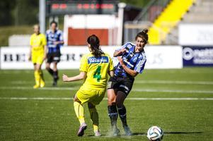 Nya USA-forwarden Olivia Bagnall hade lite oflyt framför mål, men jobbade hårt matchen igenom.