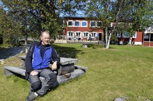 Mikael Westerdahl i en kort paus på nya arbetet som allt-i-allo på Storsätra fjällhotell.