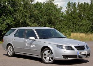 Priserna på begagnade Saab 9-5 har störtdykt och det har gör bilen prisvärd som rymlig och säker familjebil.