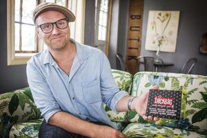 Lars Näsman, kontrabasist i Trickbag som nu släpper sitt sjunde fullängdsalbum