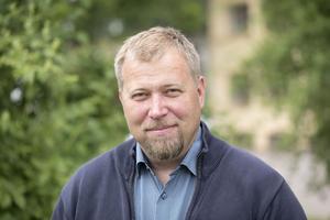 Jävsexperten Olle Lundin anser att det rör sig om jäv.