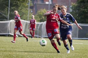 Mittbacken Pernilla Wennman testades som forward.