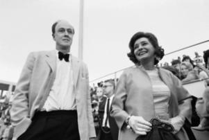 Roald Dahl 1969 tillsammans med sin första fru Patricia. Arkivbild.