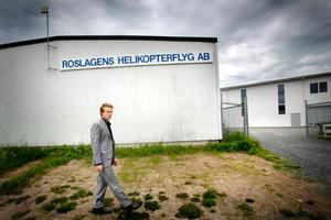 Alexander Erikssons tidigare chef Samuel Brissman har skrivit en bok om helikopterrånet.