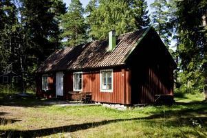 HUS MED ANOR. Det är en liten annorlunda sommarvilla som i drygt 50 år stått på Engesbergs camping. Här bodde Joe Hill med sina föräldrar och åtta syskon.