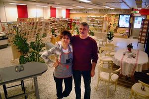 Valeria och Zoltan Szücs, företagsamma flyktingar, som skapat sin nya tillvaro i PilgrimstadFoto: Ingvar Ericsson