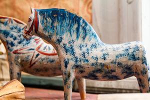 Fågelsjös egna varianter på målade häst. Fågelsjöhästar.