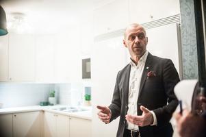 Christian Brobeck berättar om planerna för att bygga i orterna utanför Västerås.