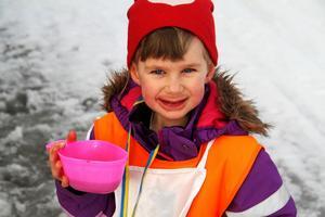 Fyraåriga Svea Lundéns färger var bland annat blåbärsblå och rosenrosa,