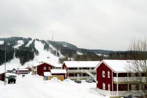 Växer. Alpina anläggningen vid Kungsberg växer. I dag tas beslut om ett skidhotell. Samtidigt har förberedelserna för stugby nummer tre och fyra satts igång.