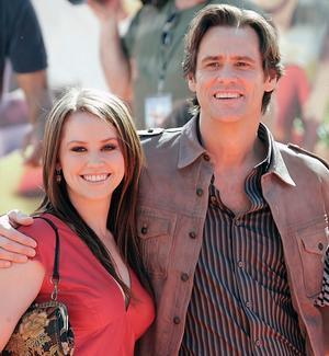 Jim Carrey med sin dotter Jane som i fredags födde en son. Den 47-åriga skådespelaren är nu morfar.