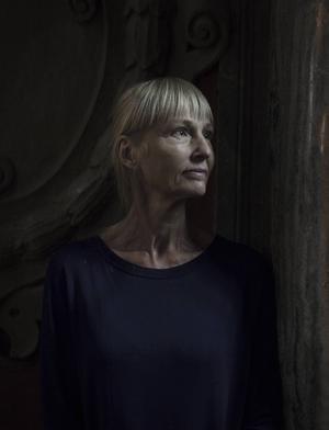 Carola Hansson besöker Gävle slott.