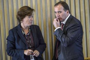 Socialdemokraternas partisekreterare Carin Jämtin och partiledare Stefan Löfven.