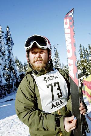 Alexander Karlsson satsade på Swix blåvalla för att få upp farten direkt från start.