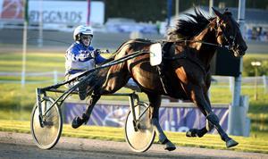 Jorma Kontio gästade Bollnäs på fredagskvällen och såg till att vinna försöket till Norrlands Grand Prix på nytt banrekord.