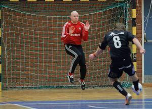 Christer Nilsson dundrar in en straff i finalen.