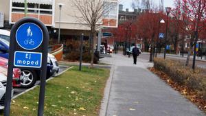 Gång- och cykelvägarna i Timrå centrum behöver märkas upp, menar förslagsskrivaren.