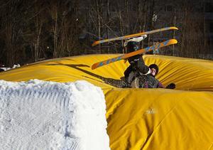 Med landningsbanan Big Air Bag kan åkarna försöka sig på nya trick utan att oroa sig för hur de ska landa.