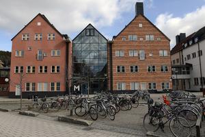 Allt färre studenter vid sjuksköterskeprogrammet i Sundvalls kuggas vid första provtillfället vid sin slutexamen.
