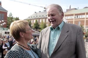 När familjevännen Maud Olofsson blev partiledare återvände Fälldin till rampljuset, bland annat genom att medverka på ett torgmöte i Umeå 2006.