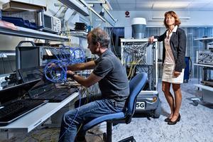 Cefen för Ericsson Research, Sara Mazur,och Ericsson har utsett en Bolidengruva till pilot för nästa generations mobilteknologi 5G tillsammans med Boliden, ABB som ska styre en Volvotruck i gruvan