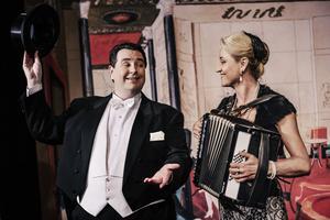 Mattias Enn och Carina E Nilsson. Foto: Carl Thorborg