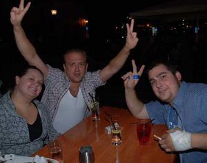 Bill och Bob. Sara, Orre och Kim
