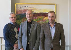 Anders Eriksson (Höga kusten Airport), Sten-Olov Altin (länsråd) och Daniel Gustafsson (länsstyrelsen).