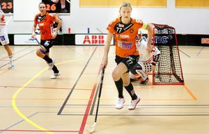 Adina Augustsson lämnar Rönnby för Karlstad.