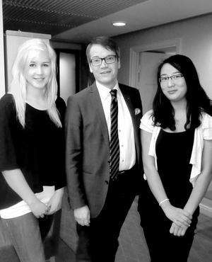 Elisabeth Bergman och Na-Na Bergsten träffade Kristdemokraternas partiledare Göran Hägglund  på socialdepartementet.