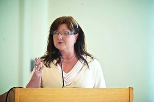 Christina Knutsson (S) leder socialnämnden. Hon vill arbeta förebyggande med barns behov av stöd. (Arkivbild)