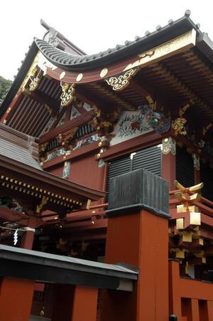 Templen är många och den dominerande religionen är buddism.   Jörgen Ulvsgärd