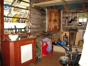 Det äldsta huset är från 1830, här har man kvar många gamla saker.
