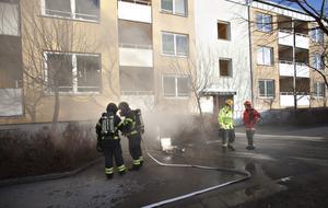 Polisen misstänker att källarbranden på Brynäs var anlagd.