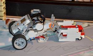 Deltagarnas robotar skulle lösa olika uppdrag på temat