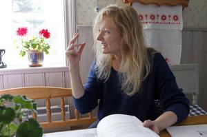 Agneta Söderqvist kommer under de närmaste två åren arbeta som projektledare för ett nationellt Per Jonsson-center. I hans anda ska dansen få en självklar plats i länets kulturutbud både för utövare och publik. Instiftandet av ett nytt Per Jonsson stipendium är också ett mål med projektet.