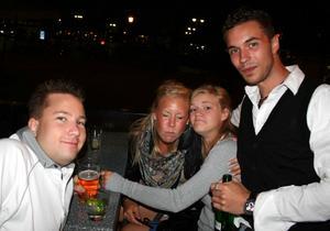 Bill och Bob. Magnus, Ronja, Anna och Daniel