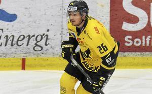Hampus Larsson i Västeråströjan. Nu flyttar backen norrut.