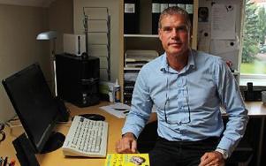 Gunnar Ahlin är personligt engagerad i striden för att HVB-hem ska kunna reglera användandet av mobiler och internet, när det utgör fara för barnen. Foto: Eva Högkvist