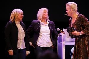 Årets EntreprenörÅre chokladfabrik, Eva-Lena Grape, Marina Hansson, Marie Söderhielm. Nominerade för fjärde gången, nu fick de ta emot pris av prisutdelare Sissela Kyle. – Äntligen, utropade när de fick priset.