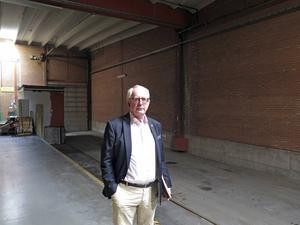 Carl Lindgren är mannen som ligger bakom All Office. Här står han i det som nu är All Office centrallager i Lugnvik. Arkivbild.