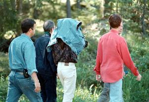 Här vallas de personer som åtalades för mordet i Valsan. De friades sen av tingsrätten.