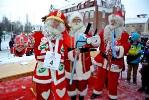 Vinnare i Tomtarnas vinterspel blev Holland. Tvåan till vänster och trean till höger kom från Hongkong respektive Estland.