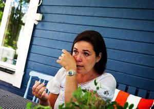 När Lizette berättar om tsunamin bryter tårarna fram. Hon beskriver händelsen som en milstolpe i familjens liv.