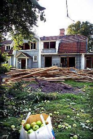 Arkivfoto:GUN WIGH Revs. I augusti revs Klintbergska gården. Hus i nyfunkisstil ska ersätta 1700-talsgården.