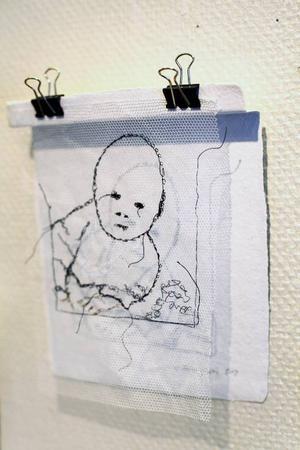 Ulrika Formgrens flortunna porträtt är smakfullt hängda.
