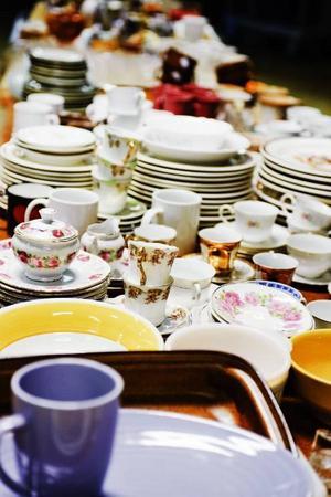 Kaffegods och porslin finns det gott om för den som vill fynda eller komplettera sin servis.