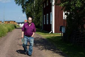 Anders Nohrén i Insjön är tacksam för att länsstyrelsens upphävde Leksands kommuns planer på en ny detaljplan.
