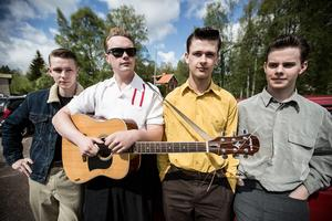 Ed Cavin & The Blue Kings. Från vänster: Olle Back, Emil Staffansson, Tommy Olsson och Andreas Nygren.